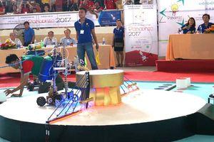 Sôi động cuộc thi robot khởi nghiệp
