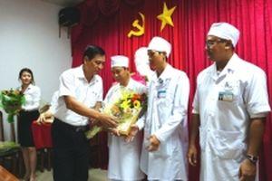 Cà Mau: Nhiều bác sĩ được 'thưởng nóng'