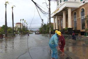Ngành điện nhanh chóng khắc phục lưới điện ngay sau cơn bão số 10