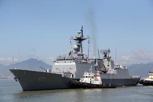 Tàu hải quân Hàn Quốc cập cảng Tiên Sa