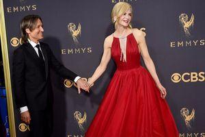 Những cặp đôi ngọt ngào nhất tại lễ trao giải Emmy 2017