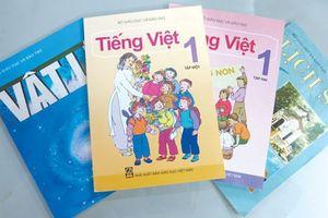 Phụ huynh tố sách giáo khoa Tiếng Việt lớp 1 nhiều lỗi