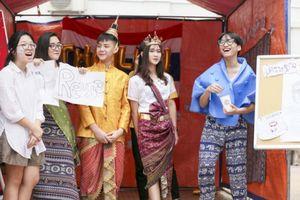 Học sinh Việt-Úc Hà Nội hào hứng chào đón APEC 2017