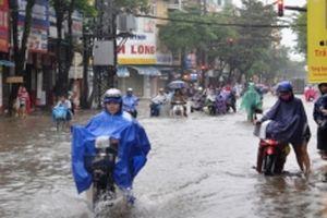 Quảng Ngãi di dời khẩn cấp hàng nghìn hộ dân vùng lũ đến nơi an toàn