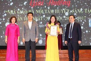 50 giáo viên tiêu biểu nhận giải 'Nhà giáo Hà Nội tâm huyết, sáng tạo'