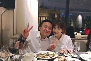 Hari Won: 'Vợ chồng cùng nhà mà cả tháng mới ăn chung một bữa cơm'