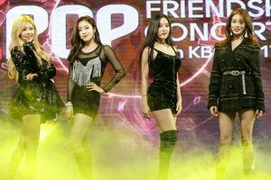 Trở lại Việt Nam chỉ sau 3 ngày, T-ara vẫn khiến fan Việt 'phát cuồng' với loạt hit đỉnh
