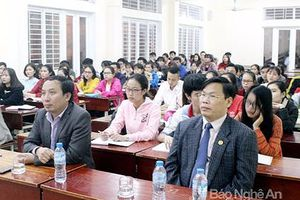 Trường Đại học Y khoa Vinh khai giảng lớp bồi dưỡng lý luận chính trị cho đối tượng kết nạp Đảng