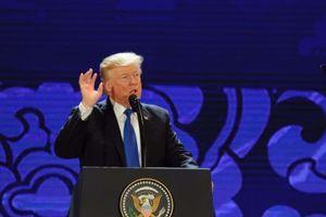 Tổng thống Trump phát biểu tại APEC CEO Summit: 'Không thể để các nước lợi dụng Mỹ'