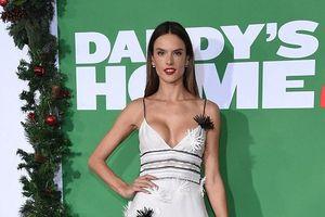 Thiên thần Victoria's Secret Alessandra Ambrosio bốc lửa dự ra mắt 'Daddy's Home 2'