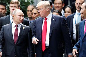 Chỉ bắt tay và tranh thủ trò chuyện tại APEC, Tổng thống Nga - Mỹ ra tuyên bố chung về Syria