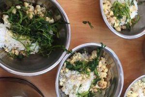 Ban phụ huynh được kiểm tra bếp ăn trong trường học