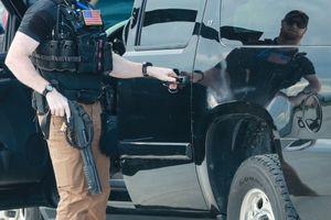 Những vũ khí mật vụ Mỹ mang theo bảo vệ TT Trump