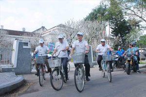 Sinh viên Huế hào hứng tham gia đạp xe tuyên truyền biến đổi khí hậu