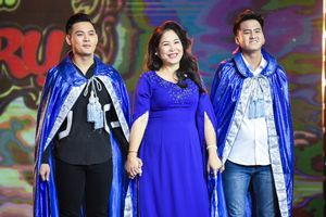 NSND Hồng Vân thu nhận 3 hot boy duyên dáng làm học trò