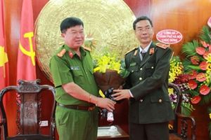 Báo Công an nhân dân chúc mừng Ngày Nhà giáo Việt Nam 20-11