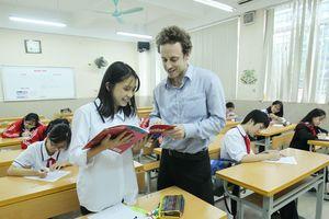 Trường THCS Nghĩa Tân, quận Cầu Giấy: 30 năm 'dạy chữ, rèn người'
