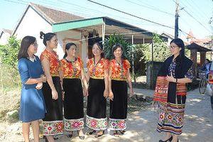 Tiếng nói, chữ viết dân tộc thiểu số ở Con Cuông đang mai một