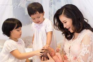 MC Minh Trang: 'Tôi thấy mình viên mãn trong sự lộn xộn của lũ trẻ'