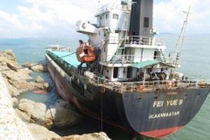 Hoàn thành việc hút dầu trong ba tàu bị chìm ở biển Quy Nhơn