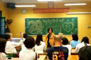 Hình ảnh người thầy qua những bài thơ viết về nhà trường và thầy giáo