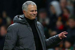 HLV Mourinho hạ giá bán người thừa của M.U
