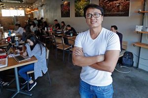 Người Việt trẻ biến Little Sài Gòn thành 'thiên đường ẩm thực'