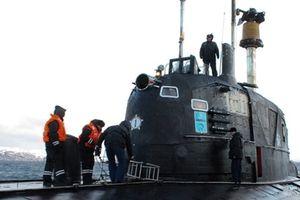 Sự cố hy hữu:Tàu ngầm hạt nhân Nga đâm hỏng tàu Mỹ