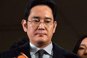 Lãnh đạo cấp cao của Samsung Lee Jae-yong được thả tự do sau một năm ngồi tù