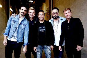 Backstreet Boys bày tỏ sự yêu thích và mời BTS đến đêm nhạc