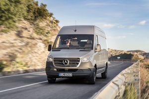 Mercedes-Benz Sprinter 2018: chiếc xe van của ''công nghệ''