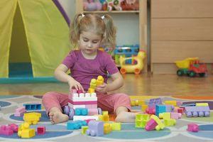 Đồ chơi bằng nhựa cũ có thể gây hại cho trẻ