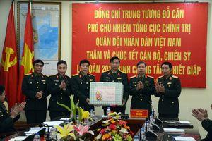 Trung tướng Đỗ Căn thăm và chúc Tết Lữ đoàn 201