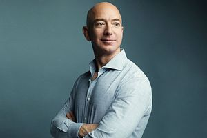 Đế chế Amazon và tỷ phú giàu nhất mọi thời đại