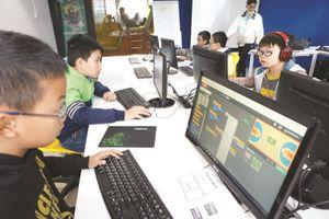 Khát vọng ươm mầm doanh nhân công nghệ Việt