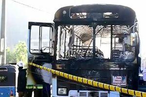 Nổ xe buýt ở Sri Lanka, 19 người bị thương