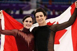 Đôi VĐV trượt băng Canada gây sốt vì bài thi quá tình cảm