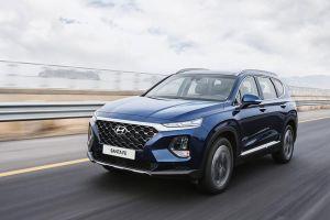 Hyundai Santa Fe 2019 cải tiến để mở cửa xe an toàn trên phố đông