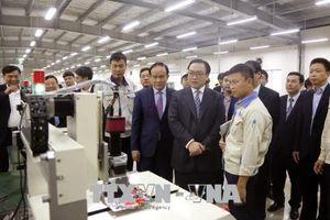 Bí thư Hà Nội Hoàng Trung Hải thăm, động viên công nhân lao động