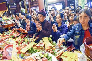 Khai hội đầu Xuân: Không còn cướp lộc ngày khai hội chùa Hương