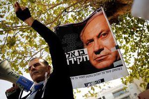 Sinh mệnh chính trị của Thủ tướng Israel bị đe dọa nghiêm trọng