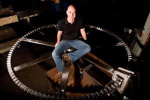 Jeff Bezos đầu tư 42 triệu USD xây dựng đồng hồ 10.000 năm tuổi
