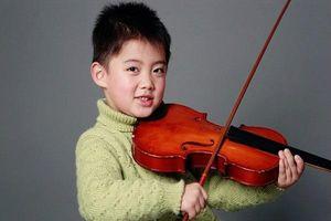 Chuyên gia trả lời độ tuổi cha mẹ nên cho bé học đàn để trí não phát triển vượt bậc