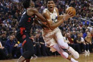 NBA 2017-18, Milwaukee 122-119 Toronto: Giannis Antetokounmpo - bản lĩnh vị vua tương lai