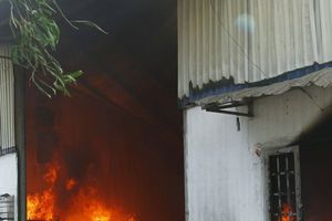 Ngày Vía Thần Tài, công ty gỗ cháy lớn