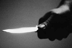 Trẻ con chơi đùa dẫn đến mâu thuẫn, người lớn cầm dao đoạt mạng nhau