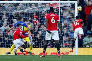 Mourinho cao tay, MU ngược dòng ngoạn mục hạ Chelsea