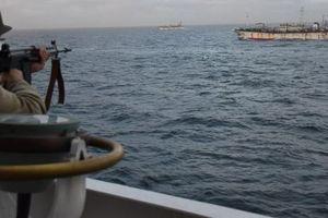 Đánh trộm cá, tàu Trung Quốc bị tuần duyên Argentina nổ súng, truy đuổi suốt 8 tiếng