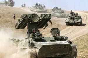 Xem quân đội Nga thể hiện chiến thuật mới về phản công chớp nhoáng