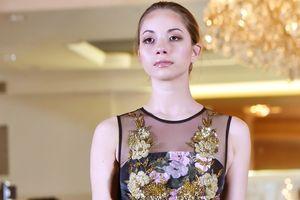 Dàn Hoa hậu, người đẹp thế giới trình diễn bộ sưu tập của NTK Việt Nam